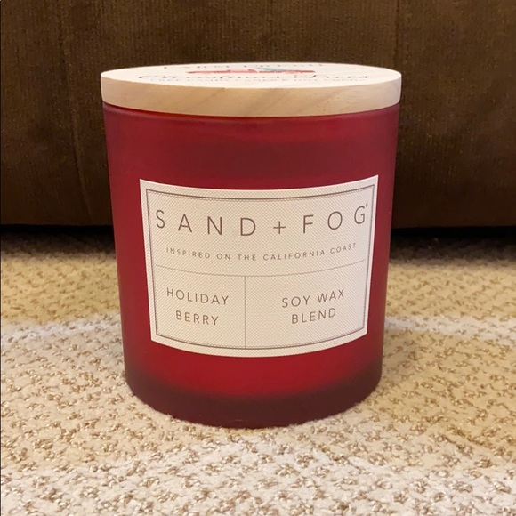 Sand + Fog Holiday Berry Candle